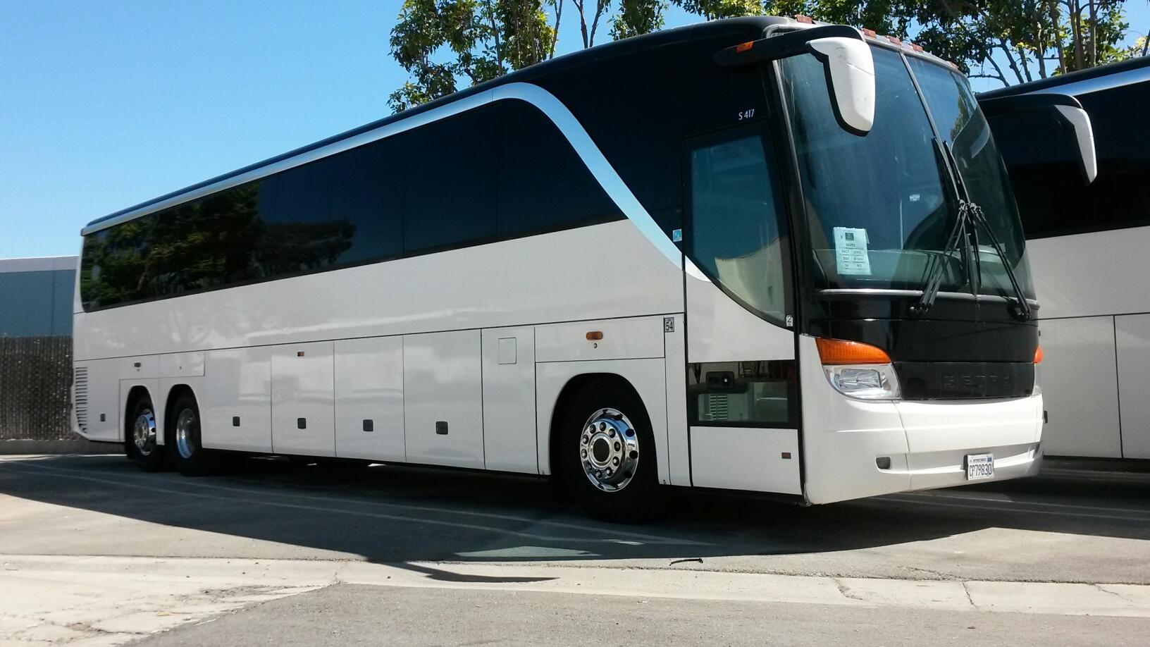 Resized on 2005 Ford E 450 Shuttle Bus